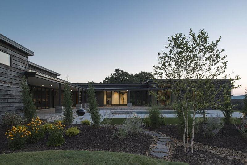 Modern home architect